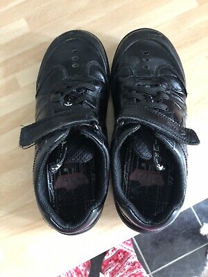 Size 10-10.5 G CLARKS Boys School Shoes Stompo Kid Black leather