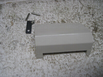 Montgomery Ward Uht-J1917 Sewing Machine Parts Bobbin Cover Door