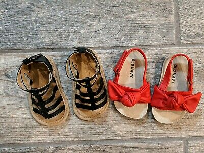 Old Navy Baby Girl Shoes Sandals 6-12 Months Red and black Never Worn
