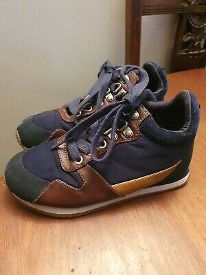Boys Marks & Spencer Brown Blue Smart Trainers Shoes size 1. Size 33