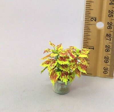 Miniature Hanging Basket Lime Green Clay Coleus Leaves Dk Red: DOLLHOUSE 1:12