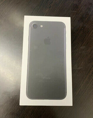 Apple iPhone 7 - 32GB - Black (Boost Mobile)