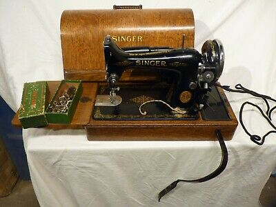 Singer 99K 1935 Electric Sewing Machine With Knee Speed Controller, Excellent