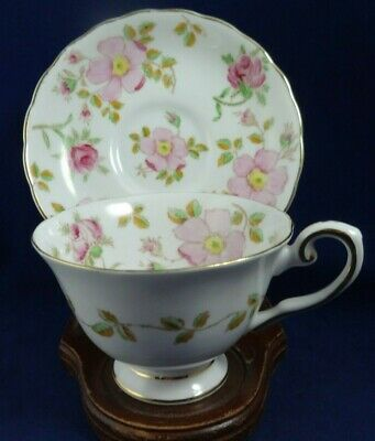 Vintage Tuscan Tea cup and Saucer, Pink and White, Dogwood Flowers, Green leaves