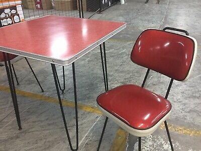 Retro cafe dining table With 2 Retro Red Sparkle Chairs