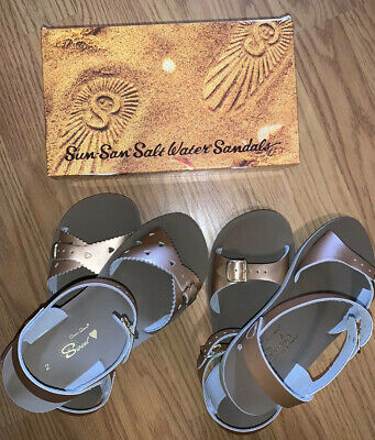 Two Pairs Of Girls Sun San Saltwater Sandals Youth Size 2 New!