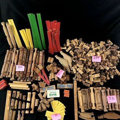 Lincoln Log Large Assorted Lot Over 430 Pieces Fort Apache Old Weathered Look