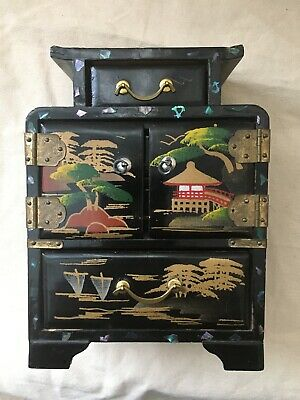 """VINTAGE JAPAN BLACK LACQUER JEWELRY BOX/CHEST-HAND PAINTED Black 6"""" 4 Drawers"""