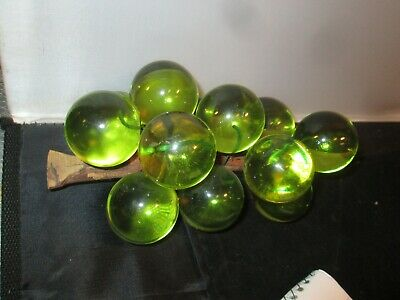 Vintage 1960s Lucite Acrylic GREEN Grape Cluster decor