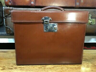 Superb Asprey London Leather Ascot Silk Top Hat Box Suitcase With Key