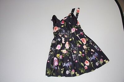 Marks and Spencer - Girls blue and flowery dress - age 8 to 9 years