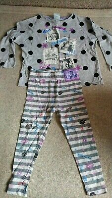 Girls TU Disney Olaf frozen pyjamas age 3-4 years good condition
