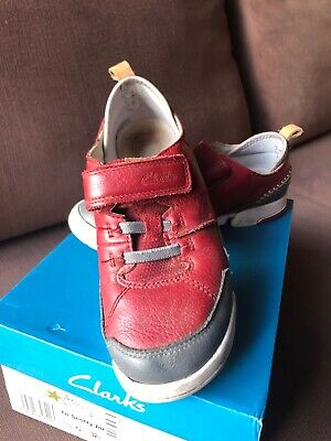 Clarks Red/Grey Leather Boys  Shoes Velcro fastening - Size 13.5 width G - used