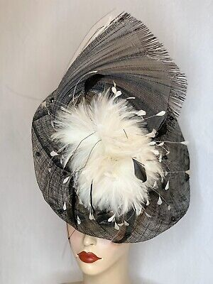Stunning Black Straw Wide Brim Occasion / Races /Wedding Hat With Feather Detail