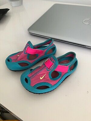 Nike Sunray Protect Sandals Swim/beach Shoes Pink/blue Girls Infant Size 4.5