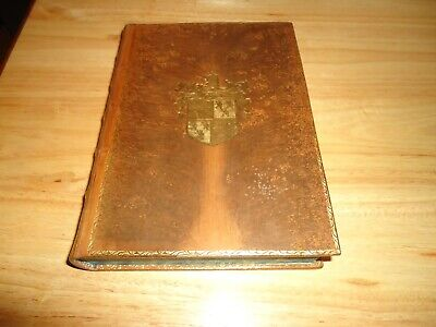 @@ 2 Antique Leather Bound Books William Shakespeare & Lives Of The Hunted Vgc @