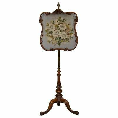 Circa 1850 Stamped Gillows Of Lancaster Walnut Height Adjustable Pole Screen