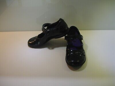 Girls Clarks Lights Black Patent Leather Shoes Size Kids UK10 Diamante Trim