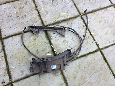 Renault Scenic  Electric Handbrake Assembly Motor And Cables 8200396849