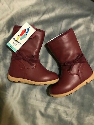 Girl leather boots - Size 4.5 Infant