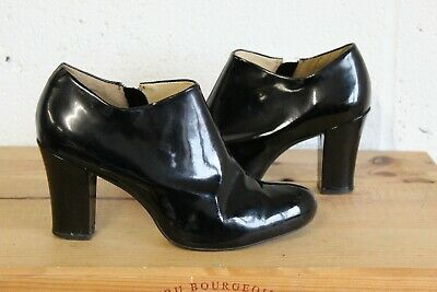 Black Patent Leather Ankle Shoe Boots Size 5 / 38 By Clarks Used Condition