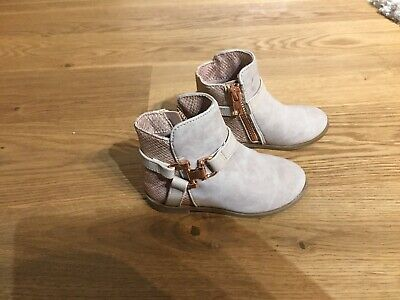 girls river island boots size 5 infant