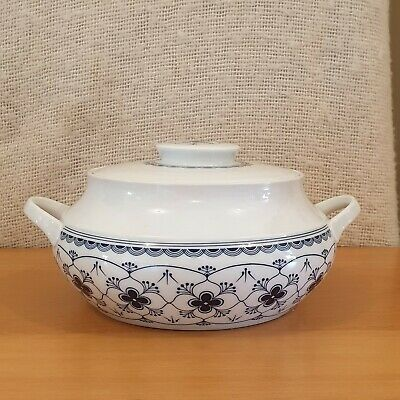 Arzberg Hutschenreuther Gruppe Germany Blue & White Tureen Serving Bowl