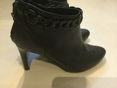 Girls Ladies black leather heeled ankle boots size 4 VCG