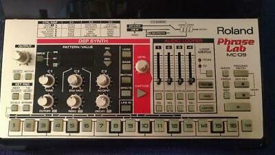 Roland MC-09 Phrase Lab groovebox Synthesizer Sampler Effects Processor USED