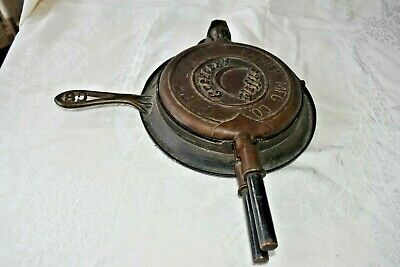 Cast Iron Fanner Crescent Waffle Maker with Base Holder No. 8  Antique