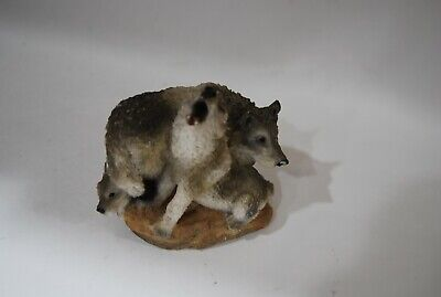 howling with family Vintage UNITED DESIGN Stone Critters SC-729 Wolf Howling -