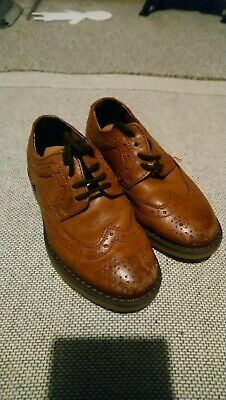 Boys marks and Spencer brown brogues size 9 good condition