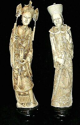 2 Vintage CHINESE ASIAN RESIN STATUE Figurines BEAUTIFUL DETAIL Hand Carved?
