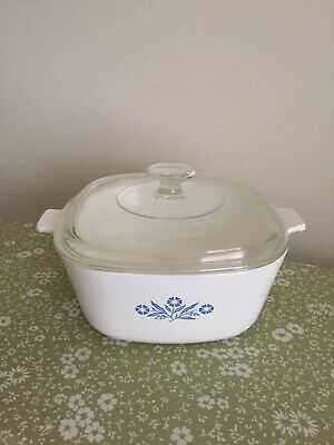 Corning Ware Vintage Blue Cornflower 2 1/2 Quart Casserole Baking Dish with Lid
