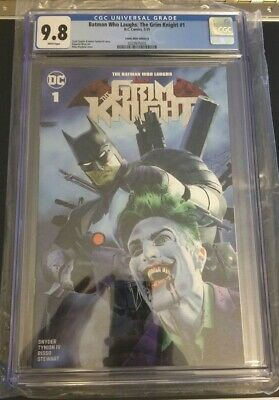 Batman Who Laughs The Grim Knight 1 CGC 9.8 Mike Mayhew Variant DC COA Joker
