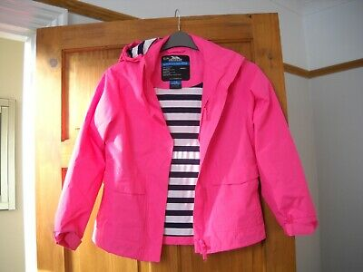 Girls genuine Trespass water/windproof, taped seam pink hooded jacket,age 7-8yr