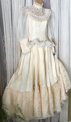 Vintage Homemade Wedding Gown ~ Ivory Satin, Chiffon & Lace