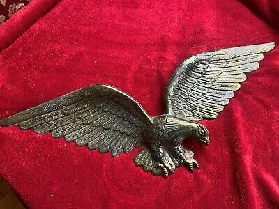 "American Eagle 24"" Brass Color Wall Hanging Cast Metal Vintage Veteran USA 7028"