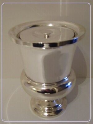 DESIGN XXe : Rare urn shaped silvered ICE BUCKET with internal glass isolation.