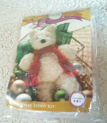 CHRISTMAS TEDDY KIT (yarn & instructions) - Palette Collections