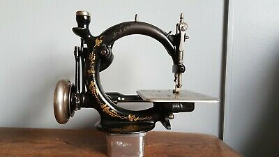 WILLCOX & GIBBS SEWING MACHINE A447655 Approx 1884