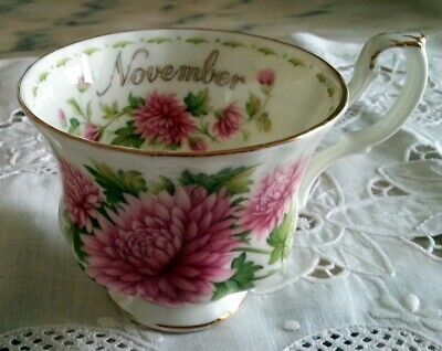 Royal Albert Flower of the month November Fiori mese Novembre Tazza The