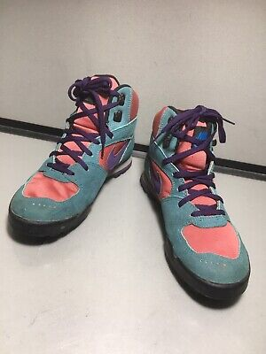 454418-002 Nike Women/'s ACG Tychee Mid Black//Neo Turquoise Sizes 6-8.5 NIB