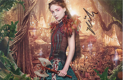 ROONEY MARA Signed 9x6 Photo PAN & THE GIRL WITH THE DRAGON TATTOO COA