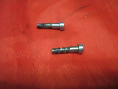 Singer 403 403A Sewing Machine Parts 2 Bolts Screws For Lid Top Cover