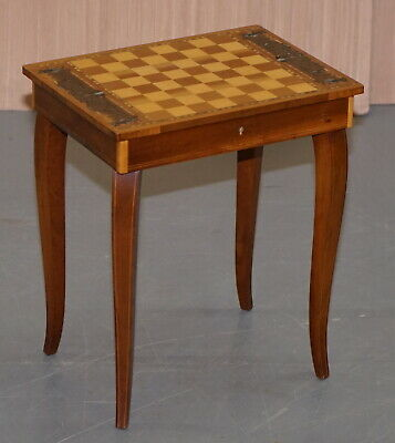 Lovely Small Musical Chess Backgammon Games Table With Drawer And Chess Pieces