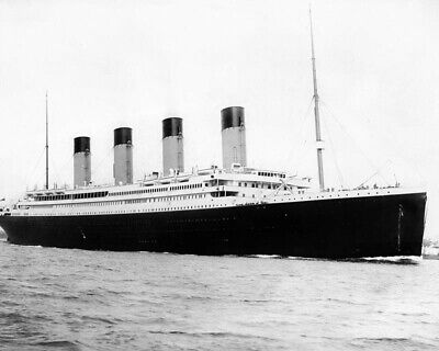 RMS TITANIC BOW SEEN FROM MIR SUBMERSIBLE 8X10 PHOTO