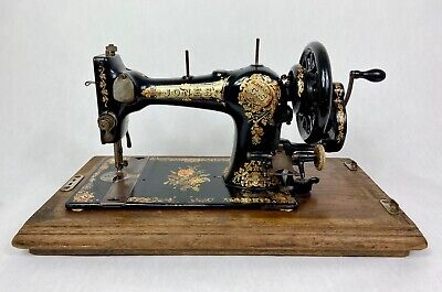 Antique Hand Crank Sewing Machine JONES FAMILY C.S. Type 4 C1896 Serial No 18980