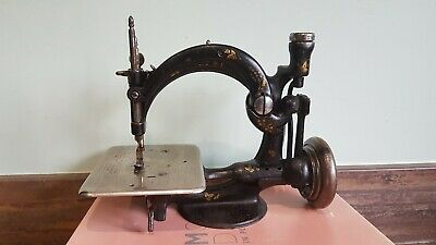 WILLCOX & GIBBS SEWING MACHINE A423914 Approx 1882