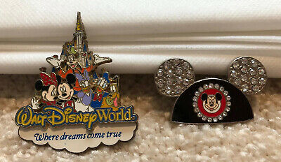 Set Of 2 Disney World 2006 Official Pin Trading Jeweled Mickey Ears Pin & Castle